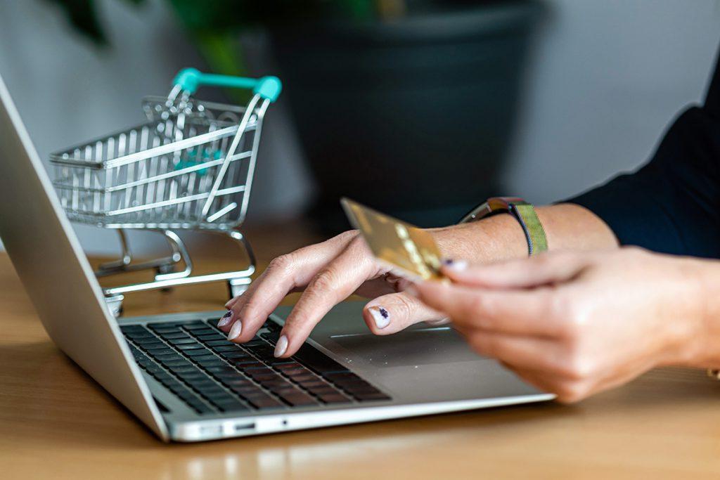 Επιδότηση ΕΣΠΑ 2021 , 5000 ευρώ για κατασκευή e-shop
